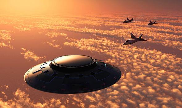 UFOs-Triple-802243
