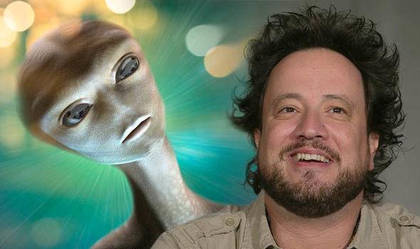 Alien-news-Giorgio-Tsoukalos-ancient-aliens-UFO-conference-Contact-in-the-Desert-970172