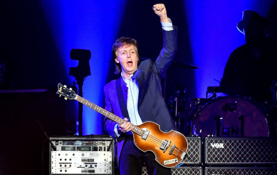 GettyImages-521108870-paul-mccartney-5-920×584
