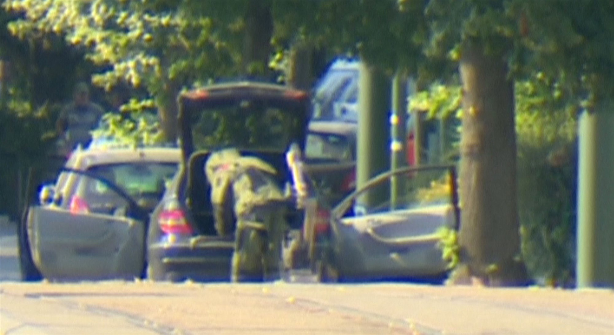 180706-brussels-bomb-disposal-mc-14042_48e60b50fe6c12305117e44cdd7c5c9f.fit-2000w