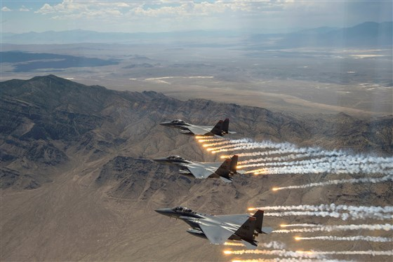 191229-f-15-fighter-jets-rd-717p_698a13811ff6dcc99599820da433e812.fit-560w